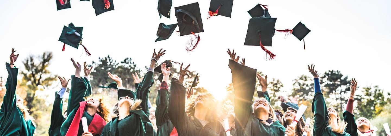 عوامل موفقیت دانش آموزان